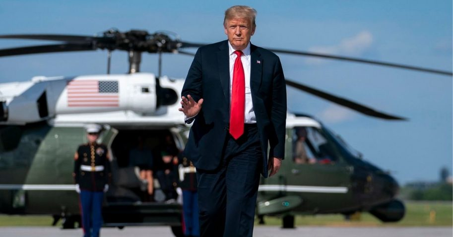 President Donald J. Trump arrives at Green Bay-Austin Straubel International Airport in Green Bay, Wis. Thursday, June 25, 2020, and boards Air Force One en route to Joint Base Andrews, Md. (Official White House Photo by Tia Dufour)