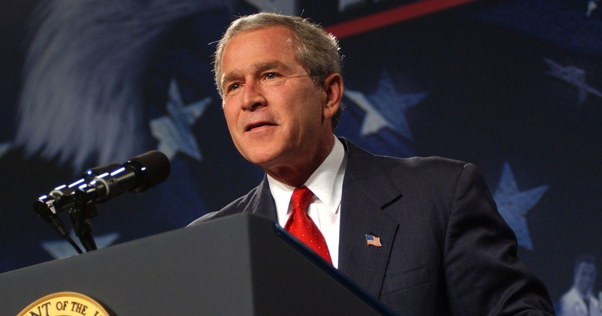 President George W. Bush visits Oak Ridge in 2004. The visit was highlighted with gas centrifuge components and uranium processing equipment sent from Libya to Oak Ridge as part of nuclear non-proliferation efforts