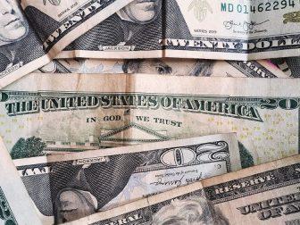 Variety of US dollar bills