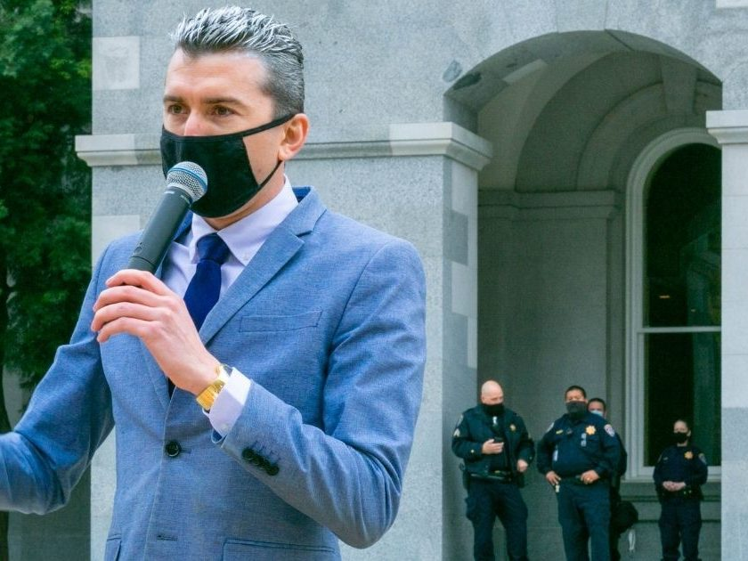 Gavin Newsom declares moratorium, banning the construction of new factory farms or slaughterhouses in California.