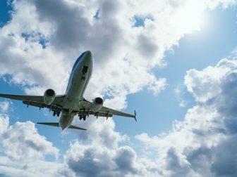 Airplane midflight